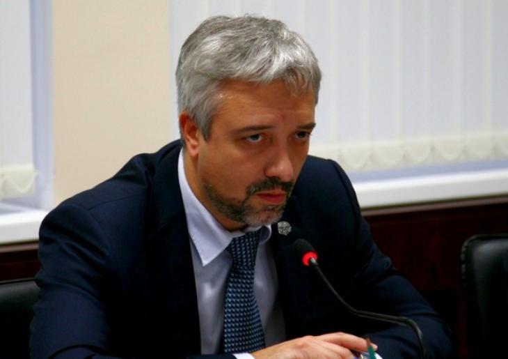 Евгений Примаков: «Губернатор мог бы поездить и на чем-то подешевле»