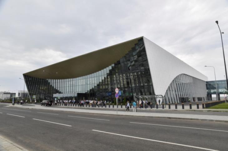 Итоги опроса. Аэропорт «Гагарин» построили для чиновников?