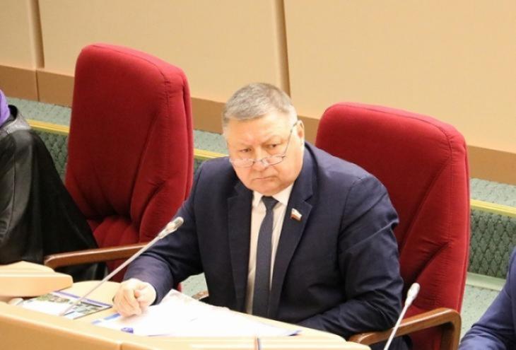 Зарплаты для молодых педагогов: Романов ответил Володину на упреки в отсутствии парламентского контроля